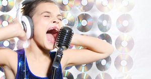 Yelling child singer